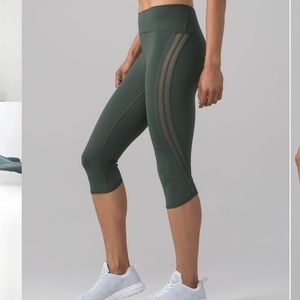New LULULEMON Sun Setter Crop Mesh Forest Green 10
